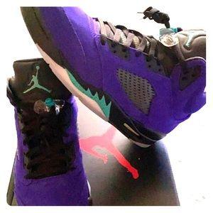 Jordan 5's -size 11
